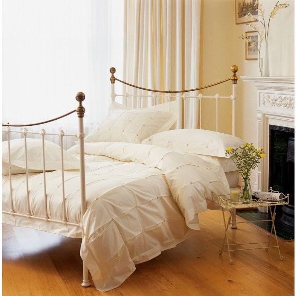 Casablanca Ivory Duvet Collection