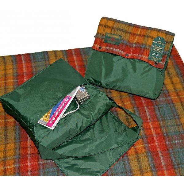 Pure Wool Rug with Bag. Ancient Buchanan 137 x 137 cm
